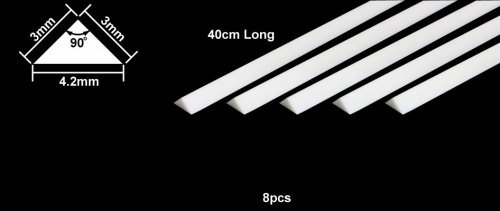 PLASTIC BEAMS 3mm TRIANGLE x 8